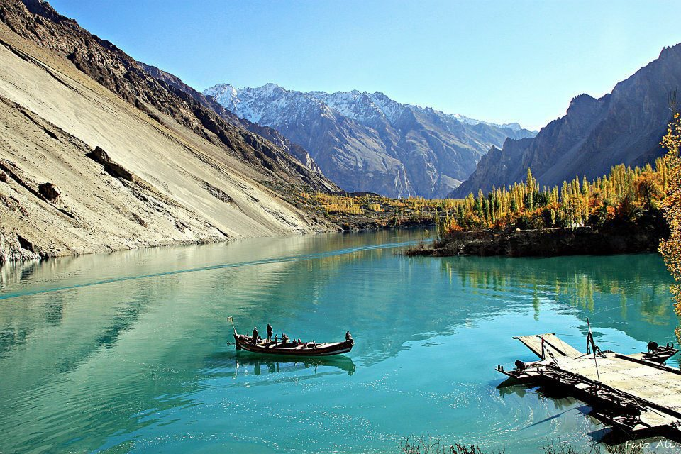 Vitalna ionizirana voda izvira iz doline Hunza.